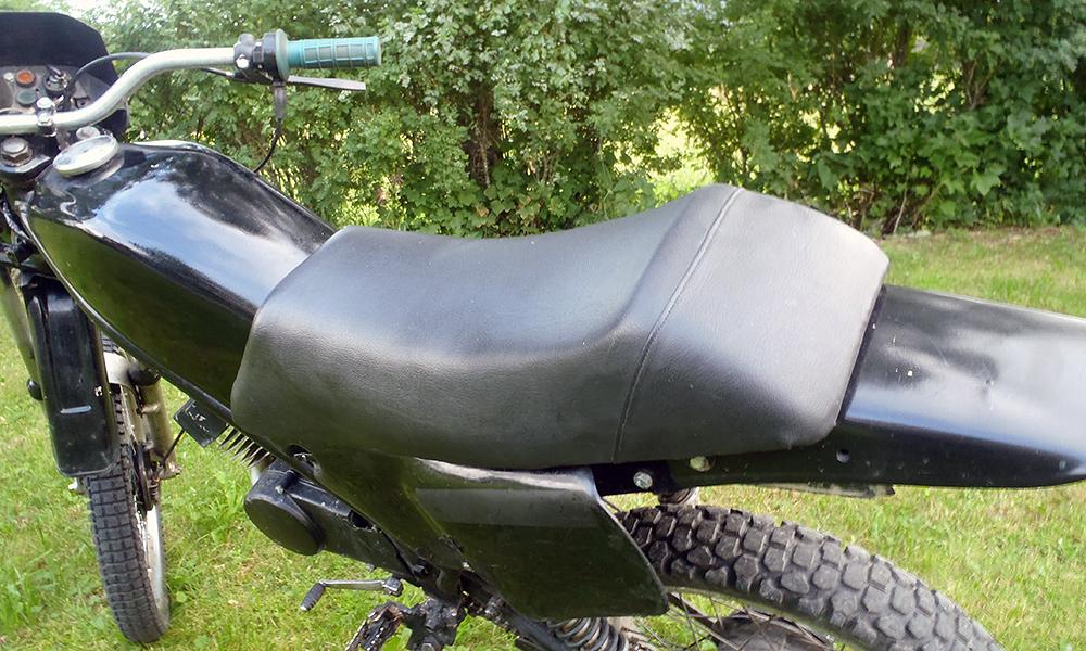 Mt5-moped-sadel